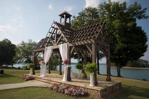 Amy brandon at lake lanier islands resort pineisle for Wedding venues in buford ga