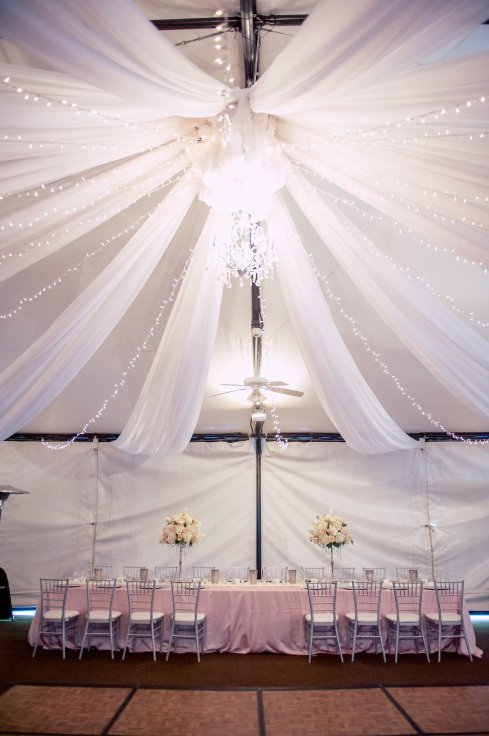View More: http://oncelikeaspark.pass.us/hannah--michael--wedding