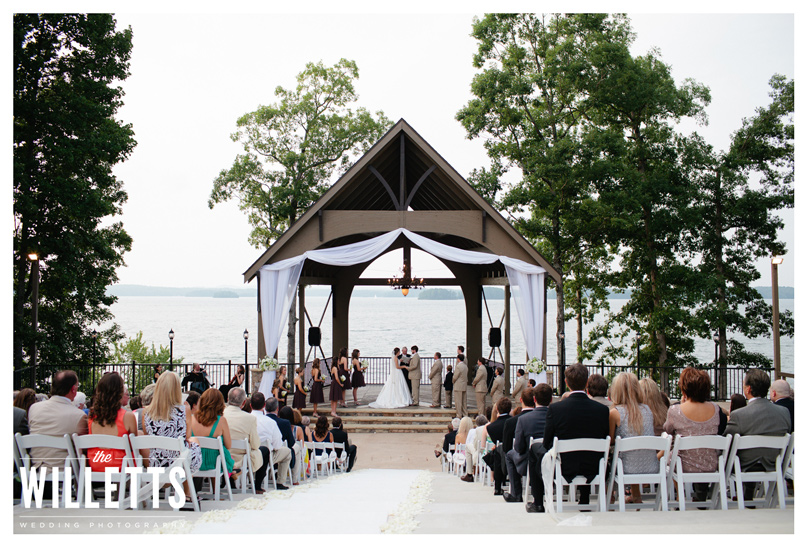 Design house weddings events florist located in for Wedding venues in buford ga